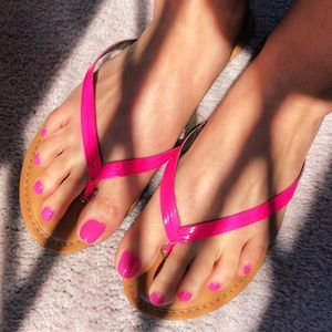 Banana Republic Hot Pink Leather Sandals